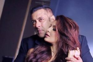 Salman Khan, Jacqueline Fernandez to shoot long chase sequence for 'Race 3'