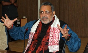 Giriraj's call for review of 'minority' raises storm