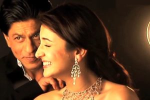 Shah Rukh not my back-slapping buddy: Anushka Sharma