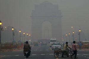 Air pollution: Haze continues to shroud Delhi