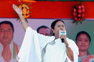 Uphold Bengal's tradition of communal amity: Mamata