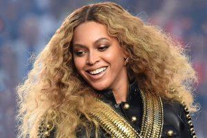 Beyonce Knowles praises Adele