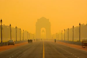 Dense fog engulfs Delhi on Republic Day