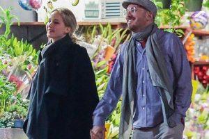 Jennifer Lawrence, Darren Aronofsky spotted kissing
