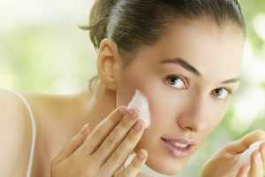 Tips on skincare during air travel