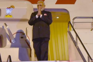 Indian community in Japan warmly welcomes Modi