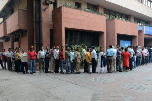 Chaos, long queues at banks; many ATMs inactive