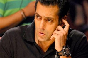 Trouble for Salman Khan: Gets SC notice in poaching case