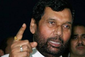 Paswan stable, under close observation in ICU