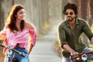 Shah Rukh is always open to opinions: Alia Bhatt