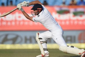England extend lead to 163 on day 4