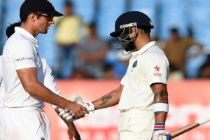 Kohli's unbeaten knock helps India survive England scare