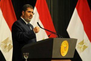 Egypt court revokes ousted President Morsi's execution