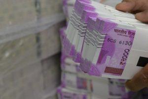 BJP men exchange notes for 'water'
