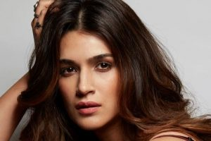 Star & Style: A walk down the ramp with Kriti Sanon