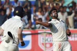 Vizag Test Day 3: England all out for 255