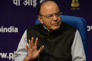Jaitley urges banks to do outside the box thinking