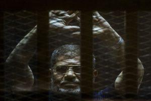 Egypt court overturns ex-President Morsi's life sentence