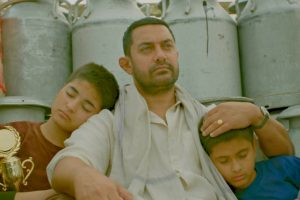 'Dhaakad' from 'Dangal' out to rule music charts