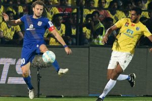 Mumbai City enter ISL semis