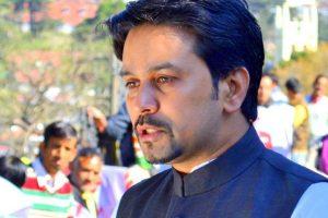 BJP MP Thakur challenges Rahul to debate