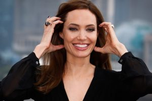 Angelina Jolie trashes Trump's immigration ban in op-ed