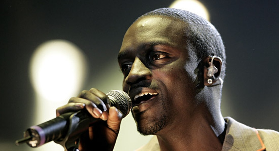 Kanye West victim of 'Kardashian curse': Akon
