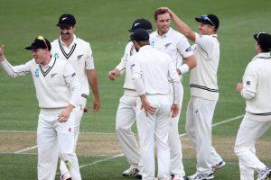 2nd Test: Southee dents Pakistan's batting line-up at Seddon Park