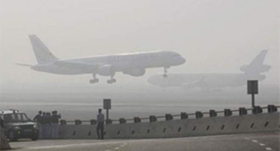 Fog hits train, flight operations in Delhi