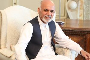 Sharif, Ghani meet; discuss bilateral ties
