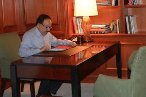 Harsh Vardhan takes charge of environment ministry