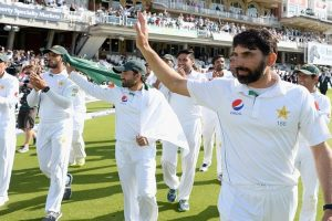 Misbah to re-join Pakistan squad ahead of Australia Test tour
