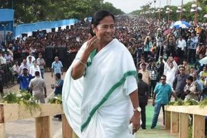 Will demonstrate in front of Modi's house: Mamata