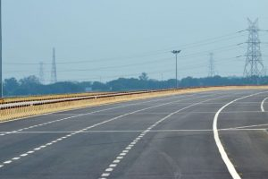 Agra-Lucknow Expressway to open on December 23