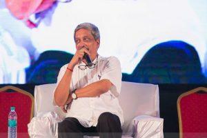 Cashless Goa neither possible nor desirable: Parrikar