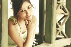 No beauty filter Apps for Yami Gautam