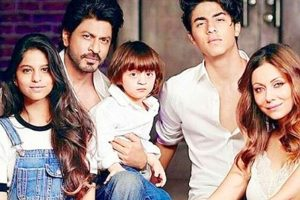 Shah Rukh, Gauri and Kids: A Flashback