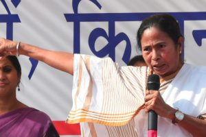 Don't defame the army, says Bengal Governor; Mamata hits back
