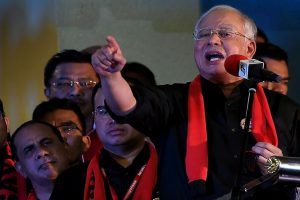 Malaysia PM leads protest against Myanmar Rohingya violence