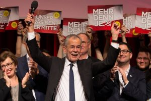 Austrian far-right admits defeat in presidential race