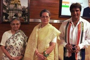 Sheila denies payoff, Congress demands Sahara diary probe to nail Modi