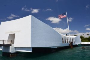 Ships, jets, giant crowd mark Pearl Harbour anniversary event
