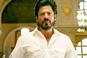 Raees: Shah Rukh Khan experiments with three looks