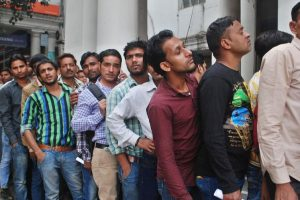 No respite from long queues outside ATMs in Delhi