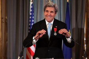 Kerry awarded French Legion of Honor for peace-making
