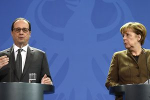 Merkel, Hollande calls for extension of EU sanctions against Russia