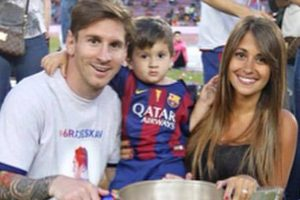 Lionel Messi to marry longtime girlfriend?