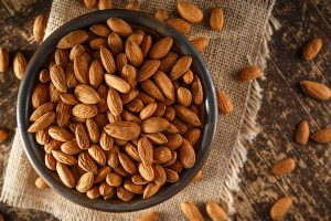 Use goodness of almonds, walnuts in food