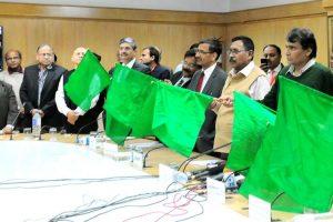 Prabhu flags off new Humsafar Express