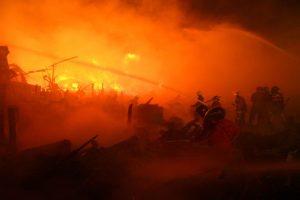 Two killed in Kolkata slum fire